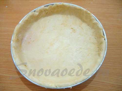 выложить в форму  тесто