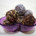 Трюфели шоколадные с орехами, кокосовой стружкой и какао.