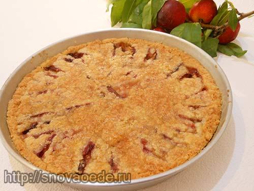 песочный пирог с персиками
