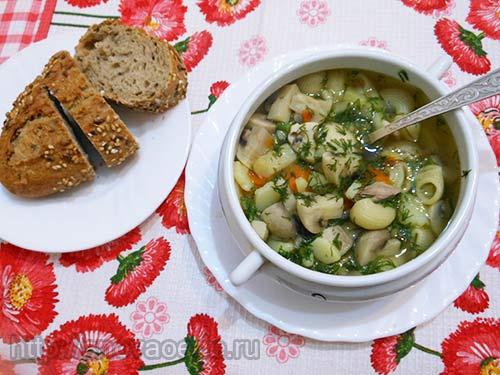 Грибной суп с макаронами